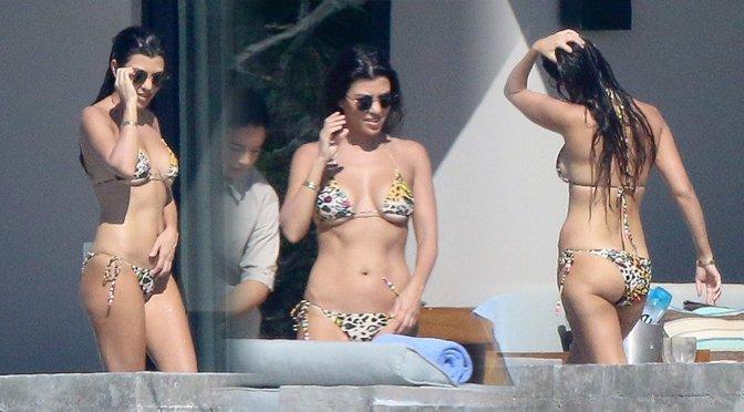 Kourtney Kardashian - Bikini Candids in Los Cabos