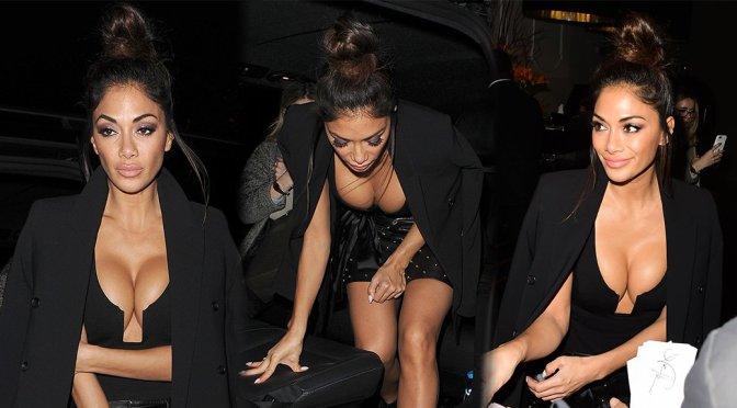 Nicole Scherzinger – Cleavage Candids in London