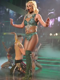 Britney Spears (55)