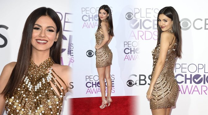 Victoria Justice – 43rd Annual People's Choice Awards in Los Angeles