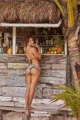 Hannah Jeter (3)