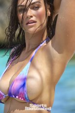 Myla Dalbesio (20)