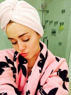 Miley Cyrus (12)