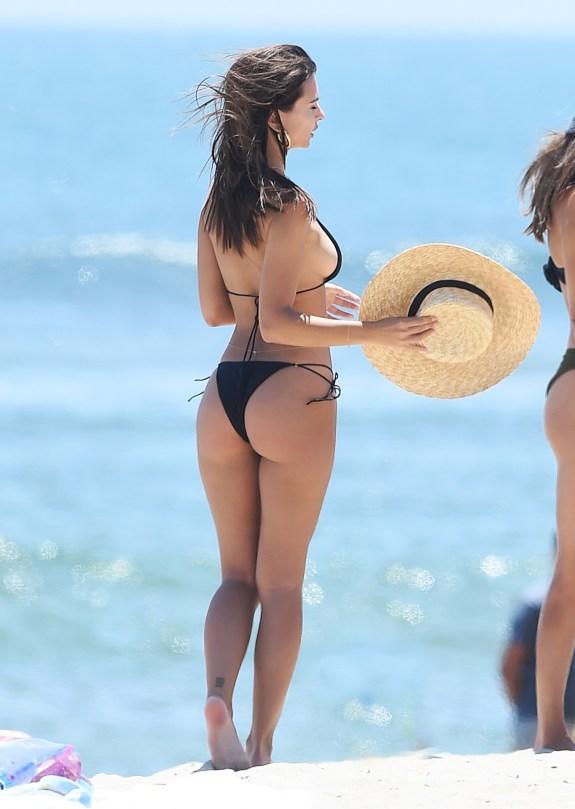 bikini kardashian