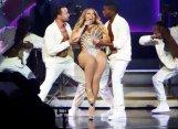 Mariah Carey Boobs
