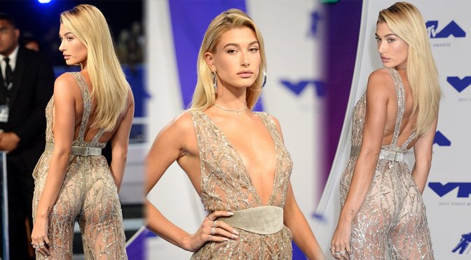 Hailey Baldwin – 2017 MTV Video Music Awards in Los Angele