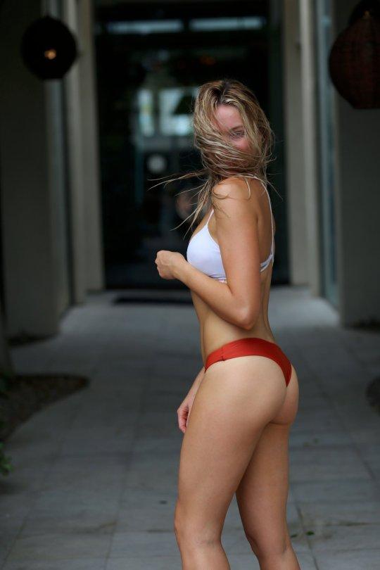 Katrina Bowden Sexy