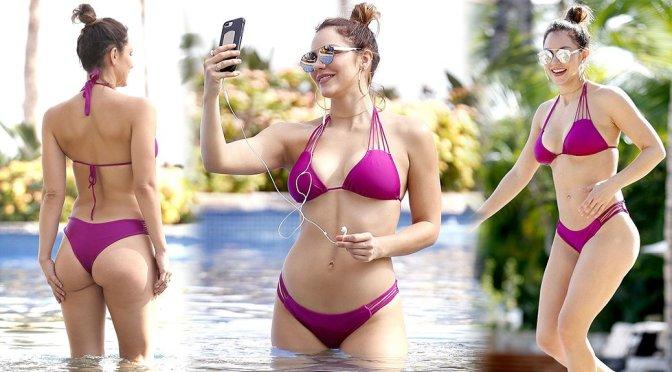 Katharine McPhee – Bikini Candids in Mexico