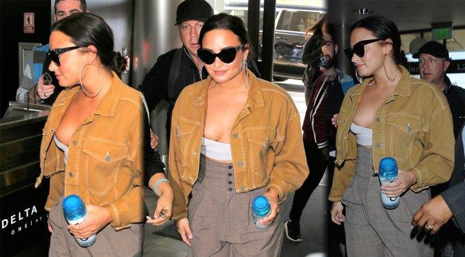 Demi Lovato – Candids in Los Angeles