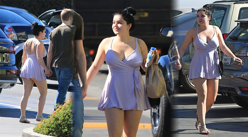 Ariel Winter - Candids in Los Angeles