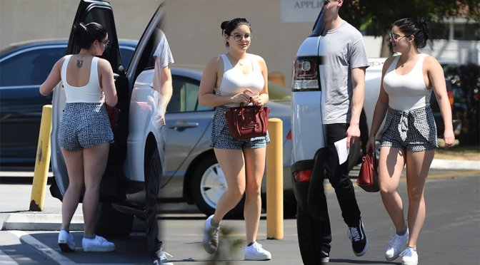 Ariel Winter – Candids in Los Angeles