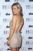 Joanna Krupa Sexy Sideboob
