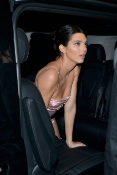 Kendall Jenner Bella Hadid Sexy