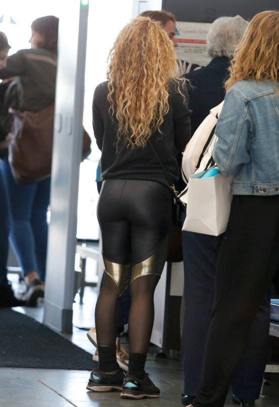 Shakira Ass - Hot Celebs Home