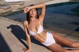 Carmella Rose Sey Lurelly Swimwear Photoshoot