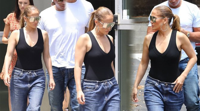 Jennifer Lopez Braless Boobs Pokies