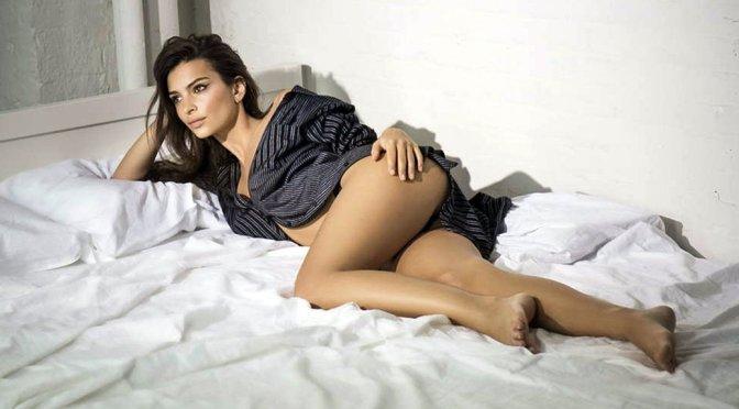 Emily Ratajkowski Sexy Body In Lingerie
