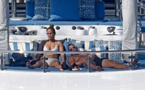 Jennifer Lopez In Bikini On Yacht In Positano