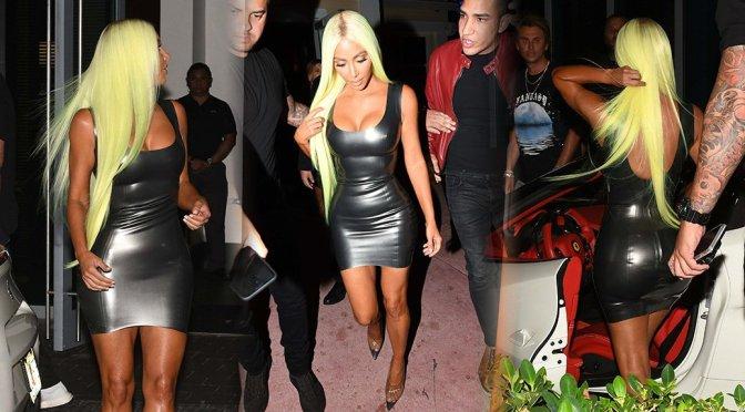 Kim Kardashian Sexy New Look