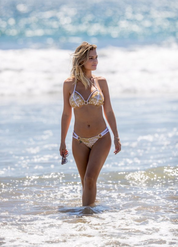 Ella Rose Sexy Bikini Body