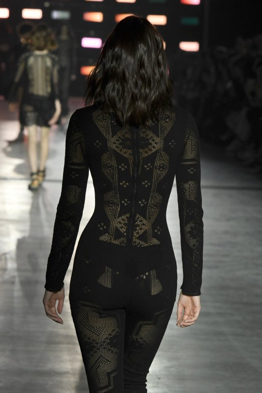 Kendall Jenner Sexy Catwalk