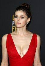 Alexandra Daddario Big Breastsjpg