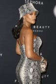 Rihanna Sexy Cleavage