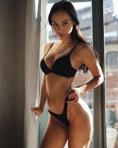 Alexis Ren Sexy Black Underwear And Topless