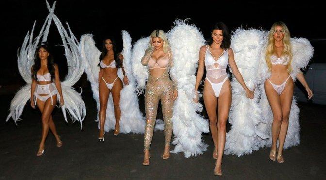 Kim, Kourtney & Khloe Kardashian, Kendall & Kylie Jenner – Sexy Lingerie Photoshoot