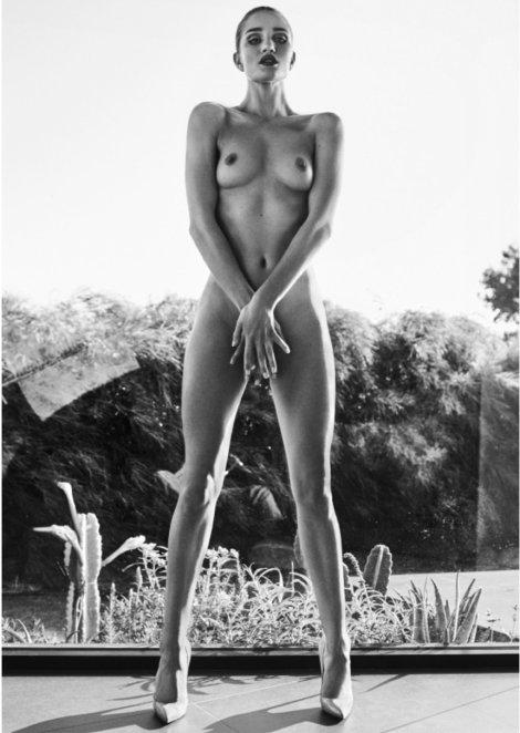 Rosie Huntington Whiteley Topless