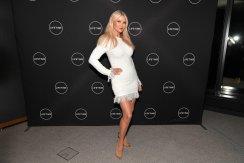 Christie Brinkley Sexy Legs