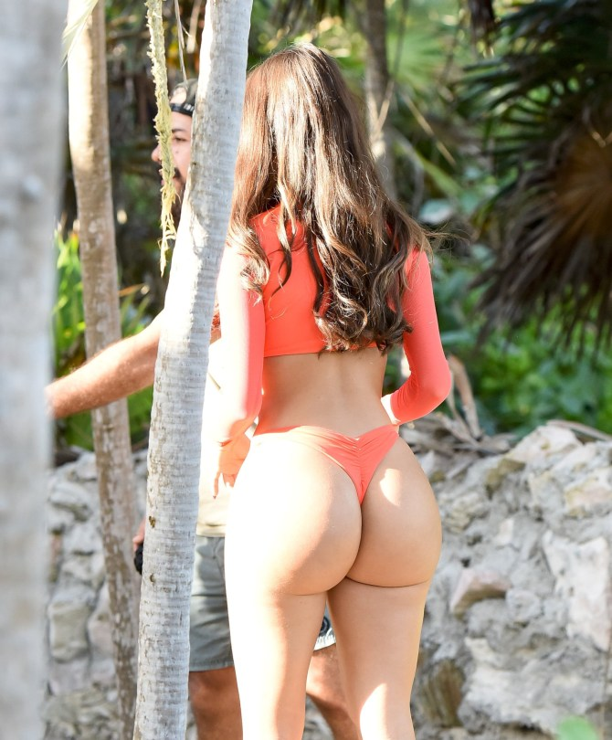 Demi Rose Mawby Hot Big Ass