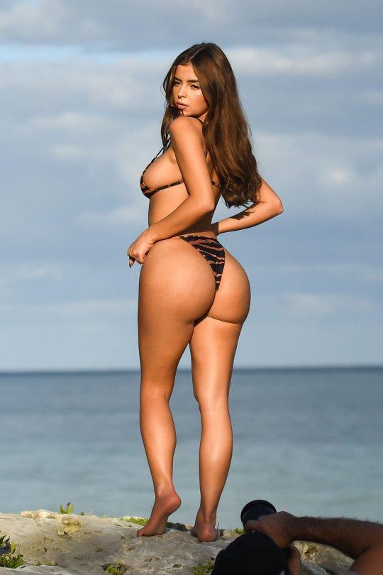 Demi Rose Mawby Show Off Big Ass in a BIkini