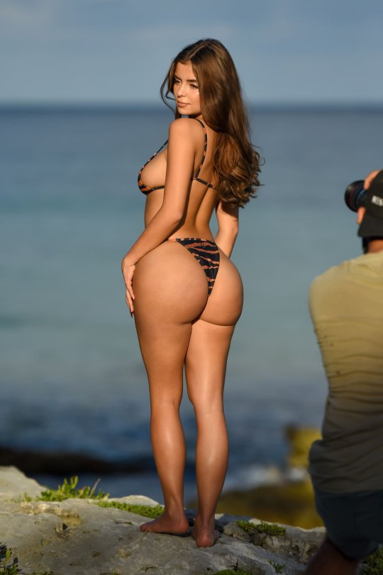 Demi Rose Mawby Perfect Curvy Body