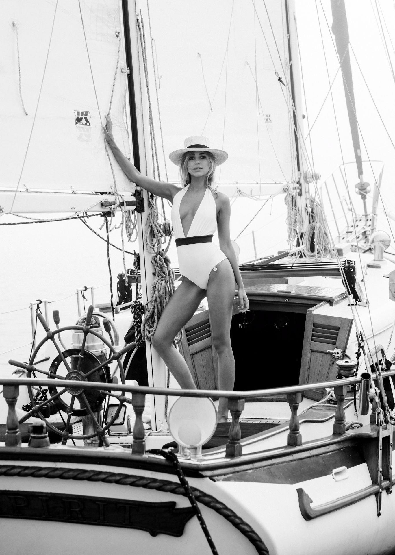 Kimberley Garner Bikini Photoshoot