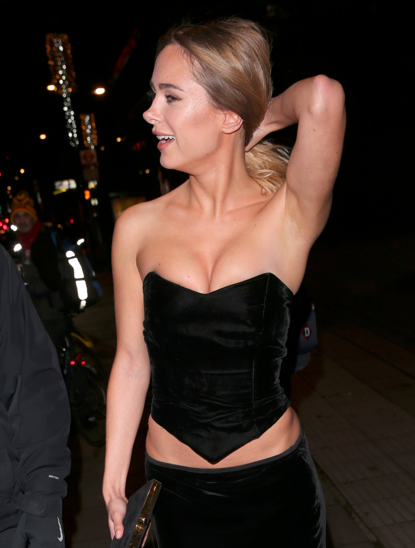 Kimberley Garner Sexy Cleavage