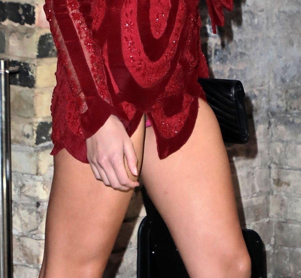 Lorena Rae Oops Exposing Panties