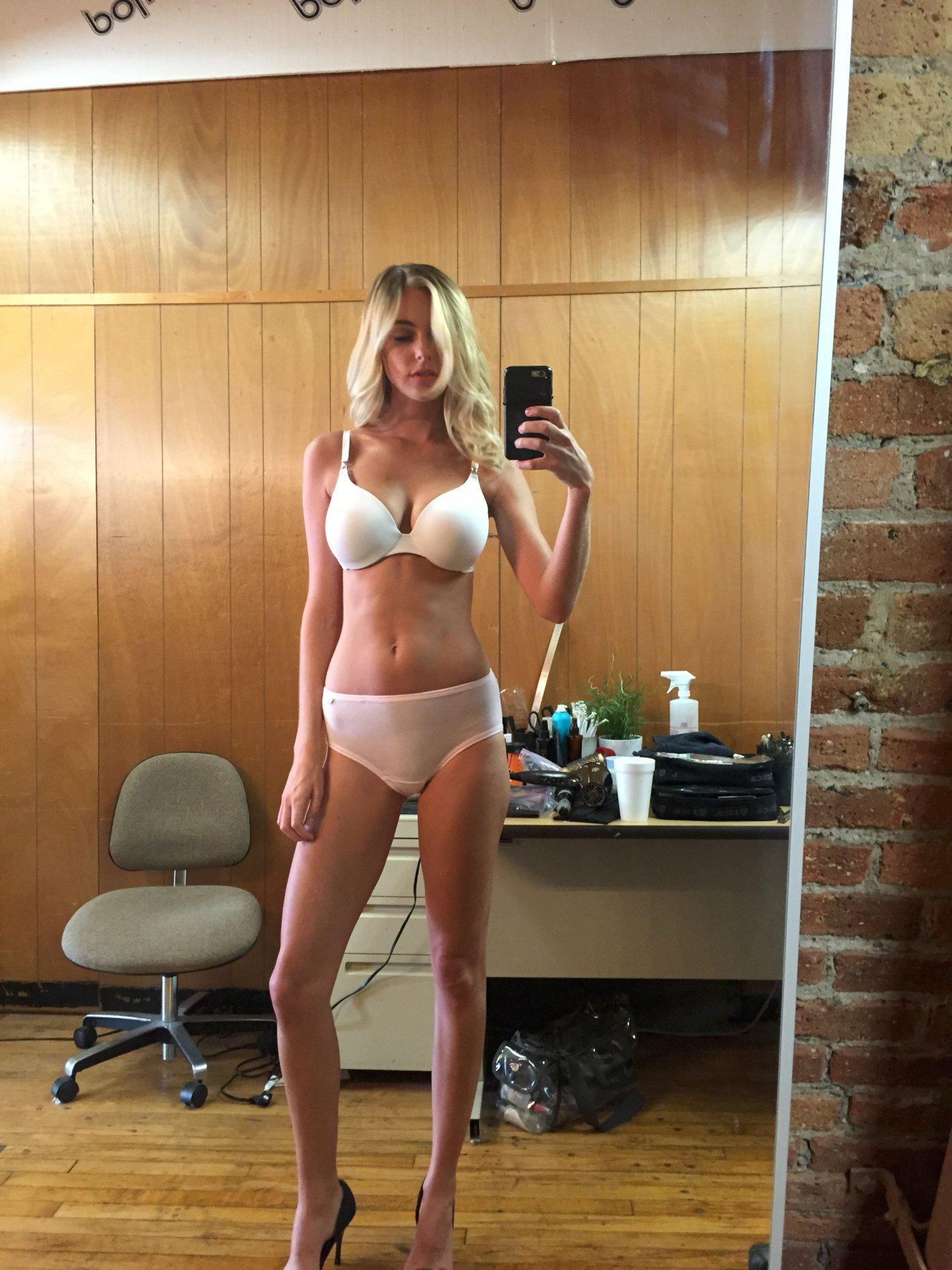 Elizabeth Turner Naked Body