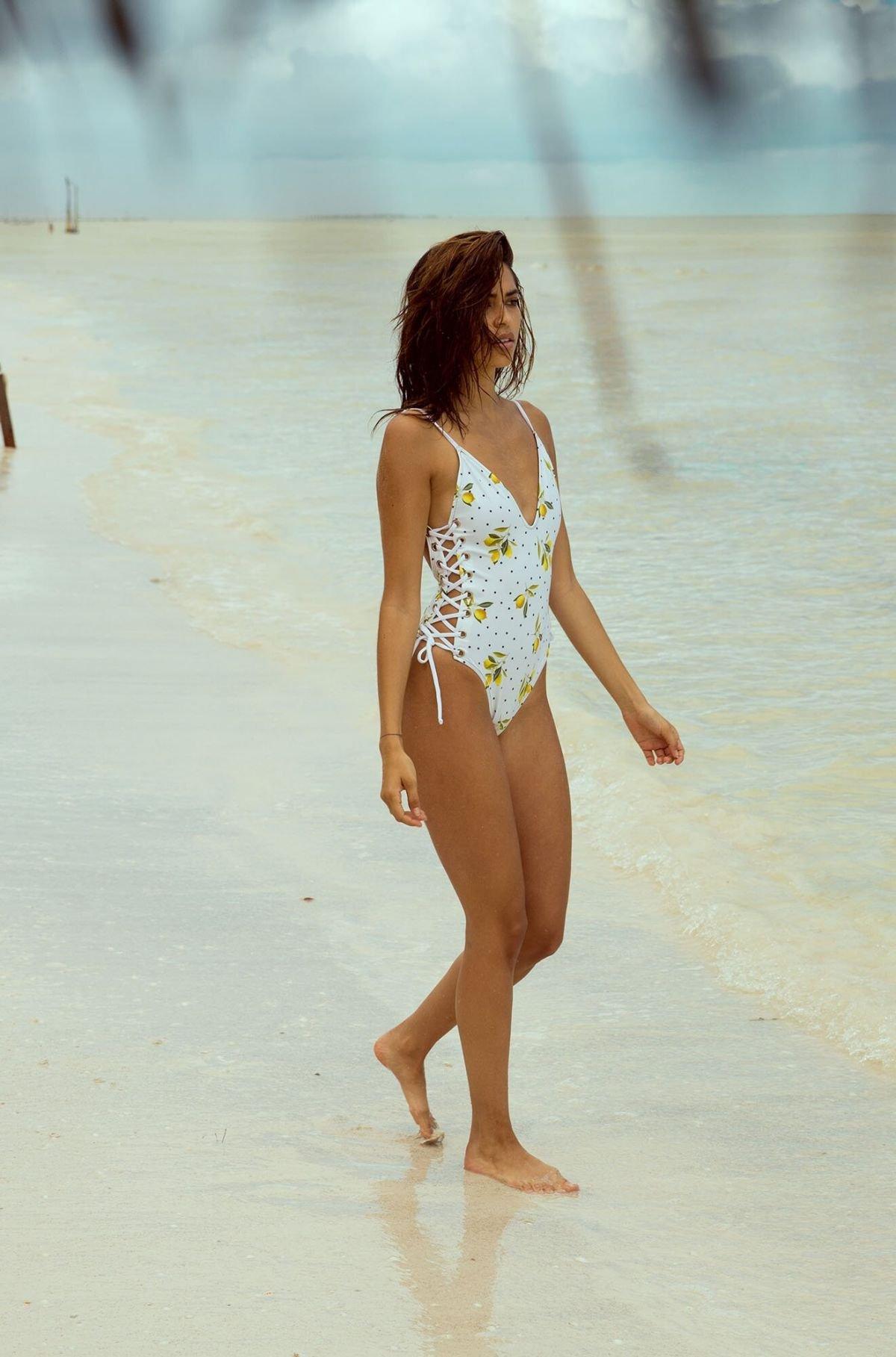 Juliana Hertz Sexy Swimwear