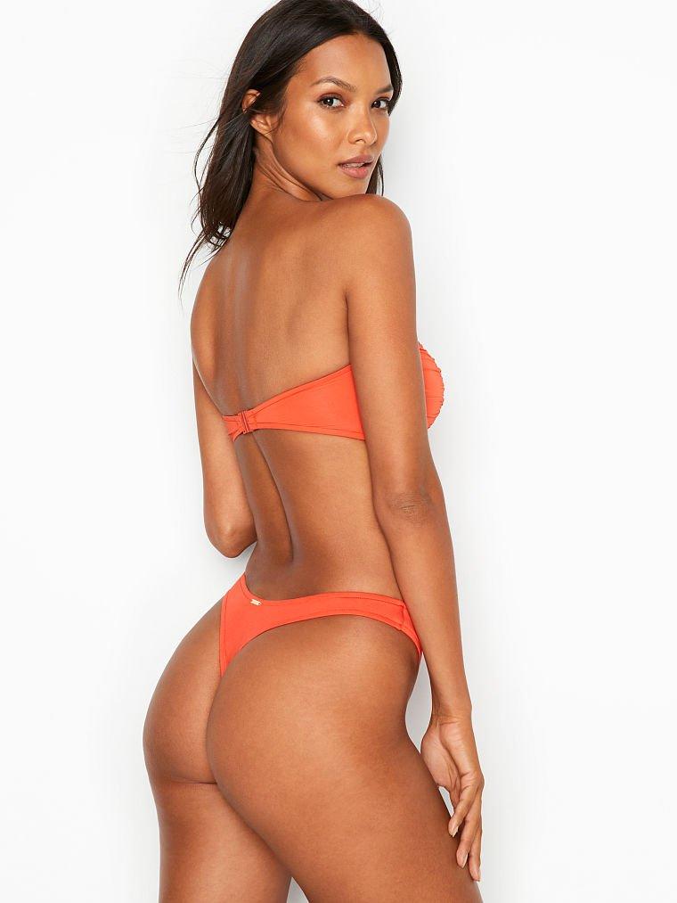 Lais Ribeiro Hot Swim Body