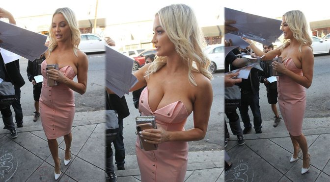 Lindsey Pelas – Cleavage Candids in Hollywood