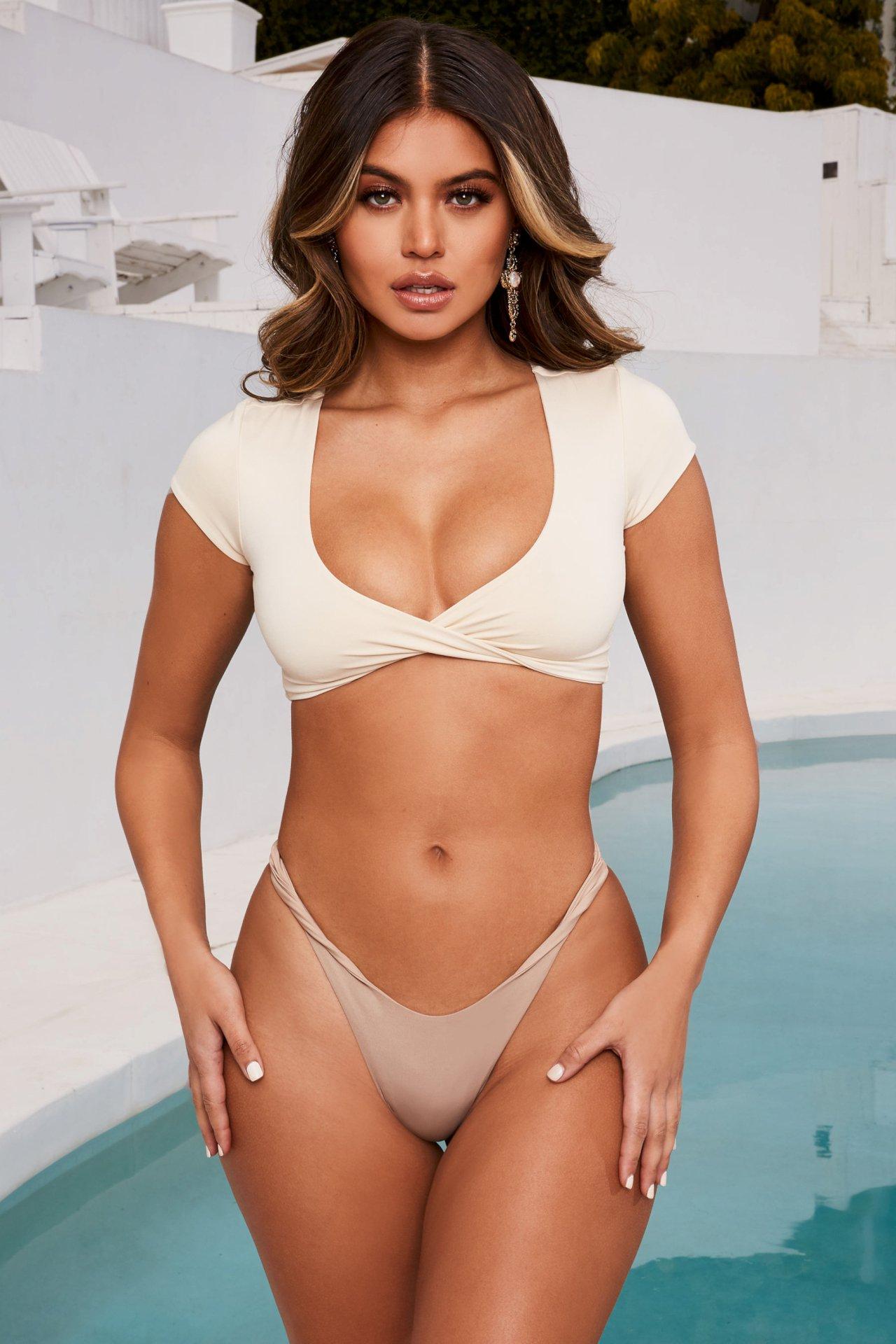 Sofia Jamora Hot Body