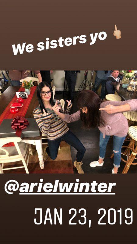 Sarah Hyland & Ariel Winter Sexy