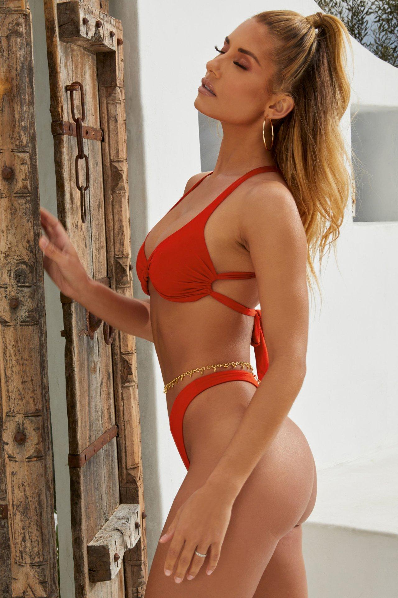 Sierra Skye Sexy Body