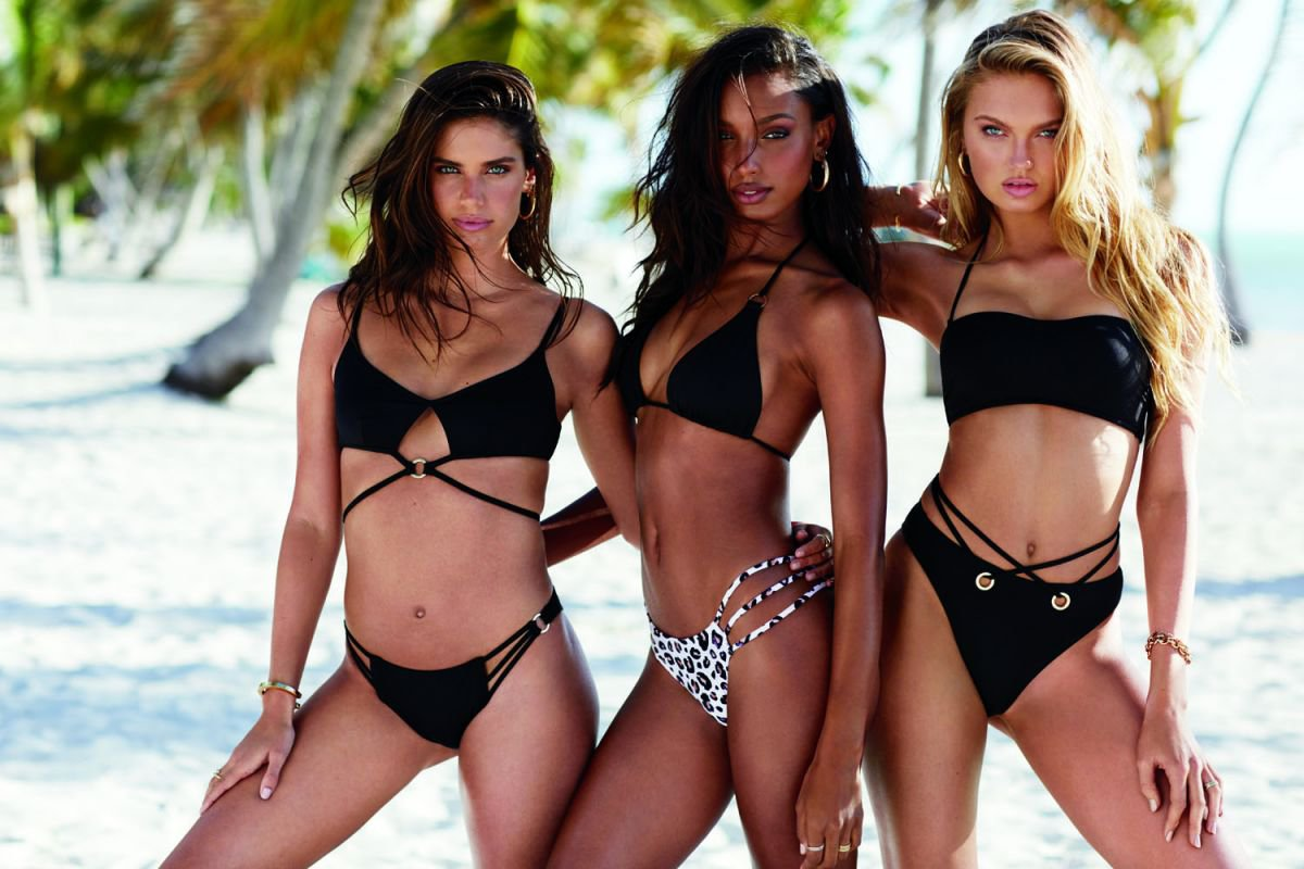Various Models – Victoria's Secret 2019 Swim Collection