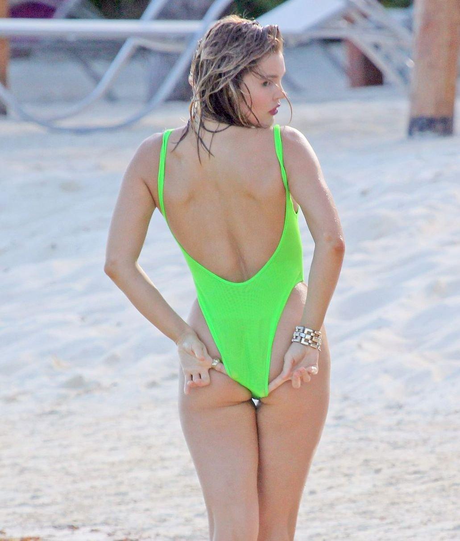 Joy Corrigan Topless Paparazzi Pictures