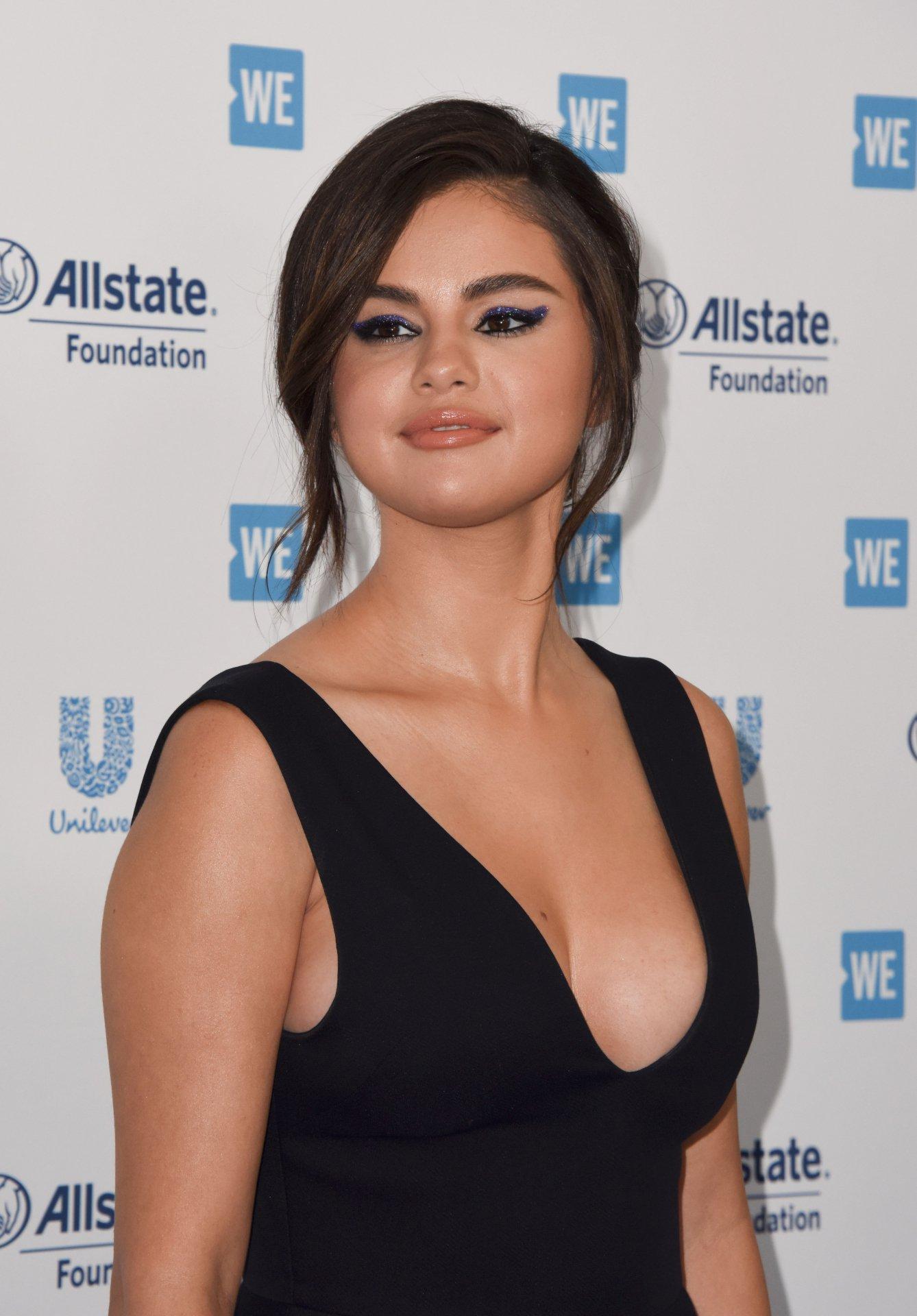 Selena Gomez - Sexy Big Cleavage at WE Day California 2019