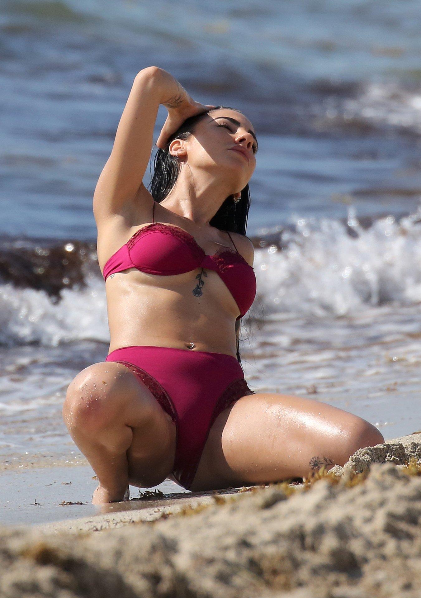 topless photoshoot video