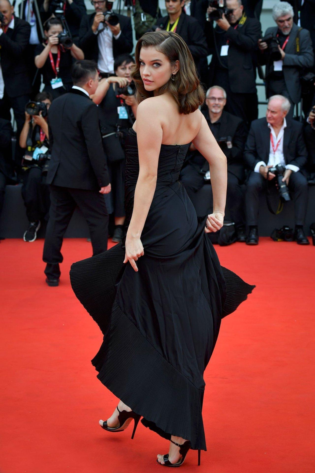 Barbara Palvin Beautiful On Red Carpet