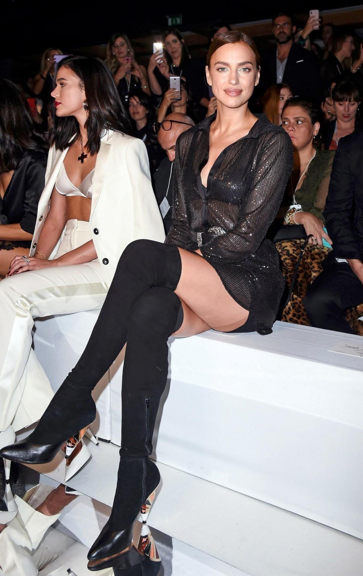 Irina Shayk Sexy Legs